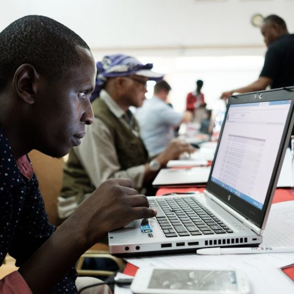 Hackathon at Africa Internet Summit Focuses on Time, Vehicular Communications, and Network Programmability Thumbnail